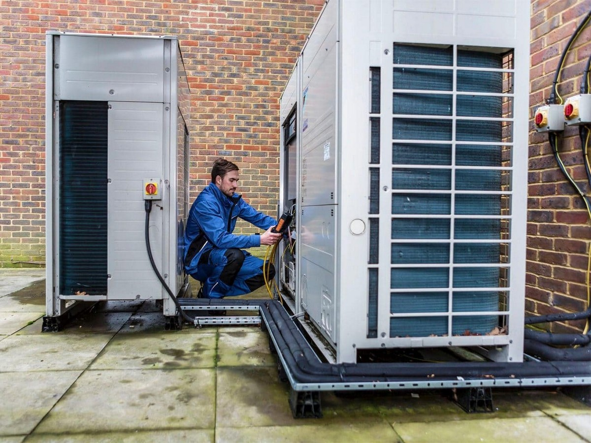 https://adk.co.uk/wp-content/uploads/2019/04/industrial-business-commercial-air-conditioning-hvac-system-design-2.jpg